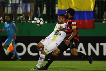 Vitória leva virada da Chapecoense e perde chance de se afastar do Z-4