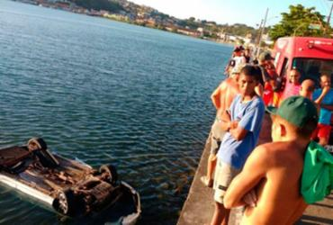 Ilhéus: motorista perde o controle da direção e carro cai no mar