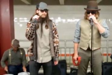 Maroon 5 e o apresentador Jimmy Fallon se disfarçaram para apresentação - Reprodução | Facebook