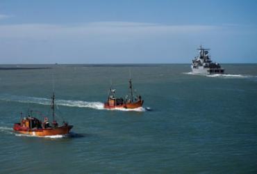 """Argentina investiga evento """"consistente com explosão"""" próximo a submarino"""