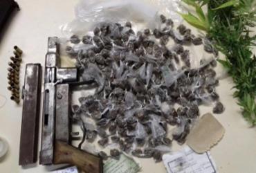 Polícia apreende submetralhadora artesanal de calibre restrito em Feira