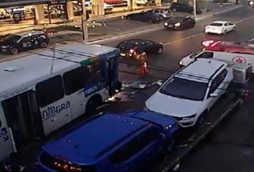 Acidente deixa trânsito congestionado no Rio vermelho
