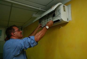 Chegada do calor eleva instalação e manutenção de ar-condicionado   Alessandra Lori l Ag. A TARDE