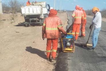Estrada que liga Juazeiro a Sobradinho está sendo recuperada
