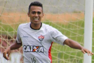 Juninho pode desfalcar o Vitória contra o Palmeiras