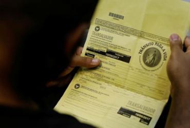 Identificação de agente de trânsito na multa gera insegurança