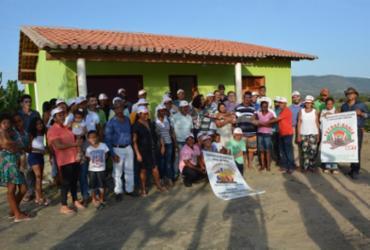 Agricultores familiares de Santa Terezinha recebem novas moradias
