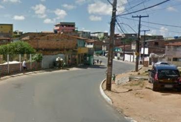 Duas pessoas ficam feridas após acidente com carro e moto em Cajazeiras 11
