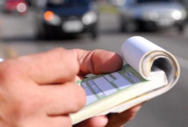 Denatran suspende pagamento de multa com cartão  