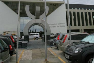 Justiça faz novo esforço para julgar ações de violência contra mulher   Joá Souza l Ag. A TARDE l 27.11.2013