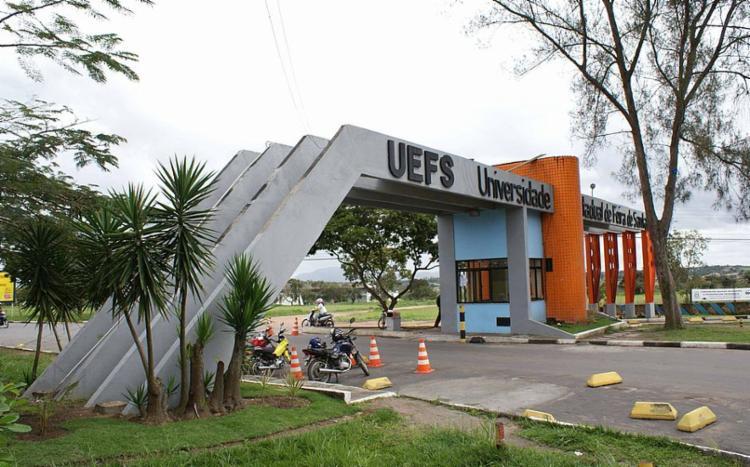 Uefs oferece 22 vagas para analista universitário e 50 para técnico - Foto: Divulgação