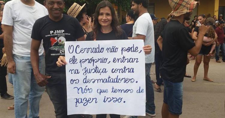 Moradores de diversas cidades do oeste da Bahia participaram do protesto - Foto: Reprodução | Facebook