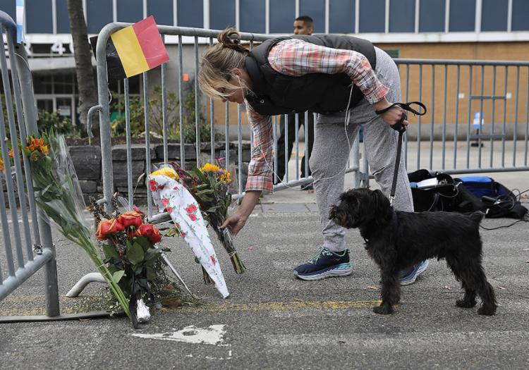 Novaiorquinos fazem homenagens às vítimas de ataque terrorista em Manhattan - Foto: John Moore l AFP