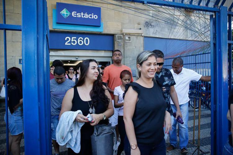 Para professores, questões de Química estavam 'excepcionalmente difíceis' no segundo dia do exame - Foto: Fernando Frazão l Agência Brasil