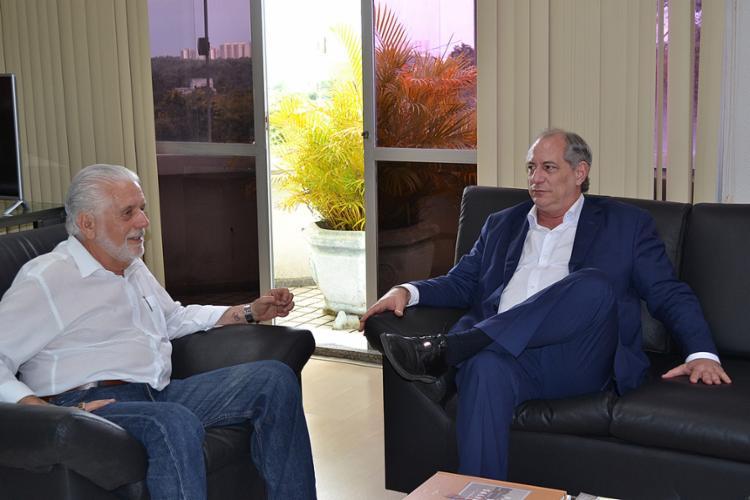 Wagner recebeu Ciro Gomes para um almoço em seu gabinete, no Centro Administrativo da Bahia - Foto: Juliana Costa l SDE Bahia Flickr