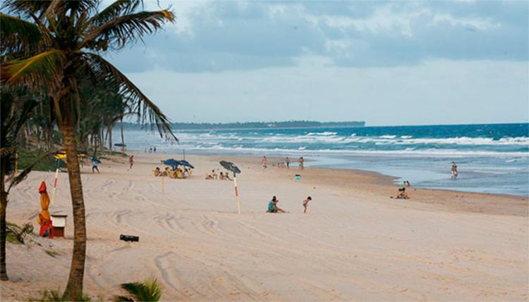O homem se afogou na manhã do último sábado, 11, na praia de Stella Maris - Foto: Fernando Amorim | Ag. A TARDE