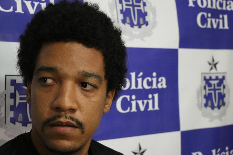 Douglas foi indiciado por estupro após se masturbar na frente de colegas - Foto: Alberto Maraux | SSP