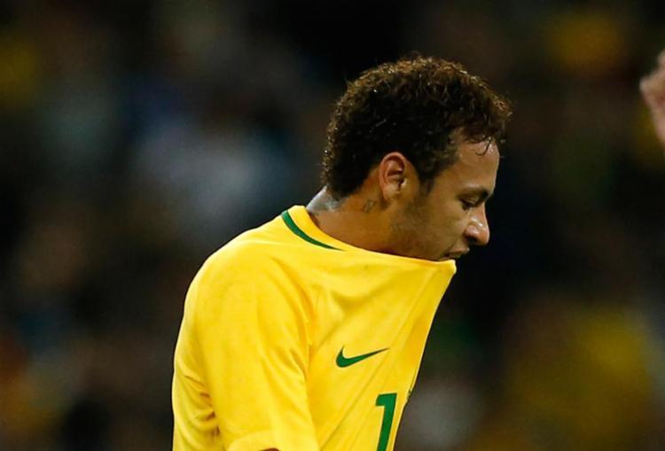 Seleção Brasileira vai manter base em Sochi - Foto: Ian Kington e Adrian Dennis | AFP