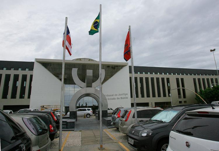 Cinco candidatos disputam a presidência, o que deverá fazer o pleito ir para o segundo turno - Foto: Joá Souza l Ag. A TARDE l 27.11.2013