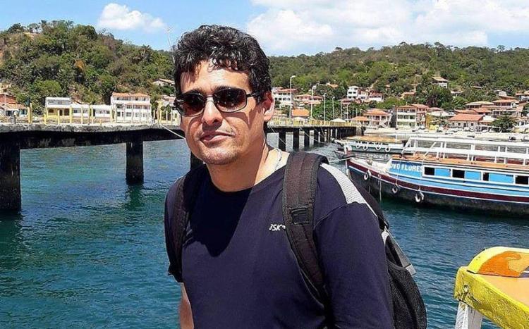 André de Oliveira visitava vulcão com a esposa quando sofreu uma parada cardíaca - Foto: Reprodução   Facebook