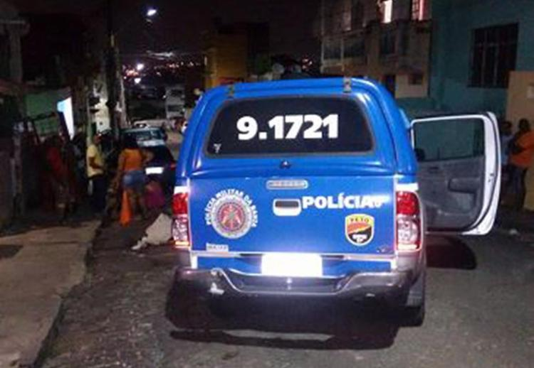 No local do assassinato, ninguém quis falar sobre o crime - Foto: Raul Aguilar l Ag. A TARDE