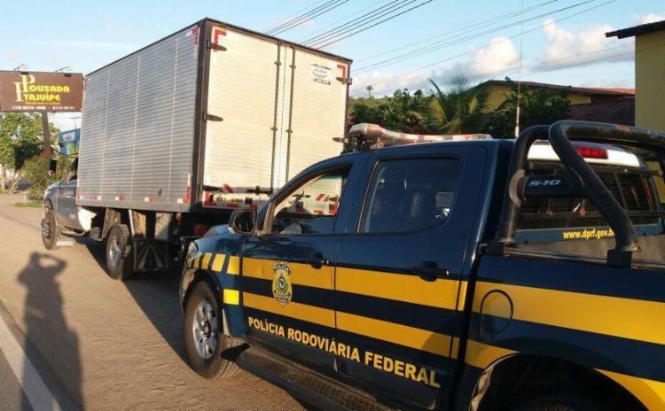 O homem foi encaminhado para a Delegacia de Polícia Judiciária local - Foto: Divulgação | PRF-BA
