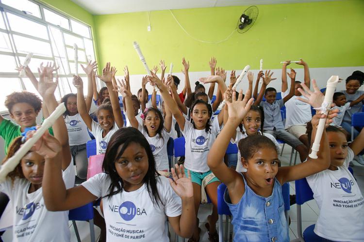 Jovens realizaram ensaio no Colégio Estadual Marcílio Dias, em São Tomé de Paripe - Foto: Margarida Neide l Ag. A TARDE