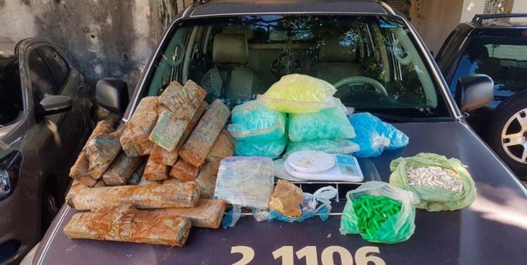 Mais de 22 quilos de drogas foram encontrados no imóvel - Foto: Divulgação | SSP-BA