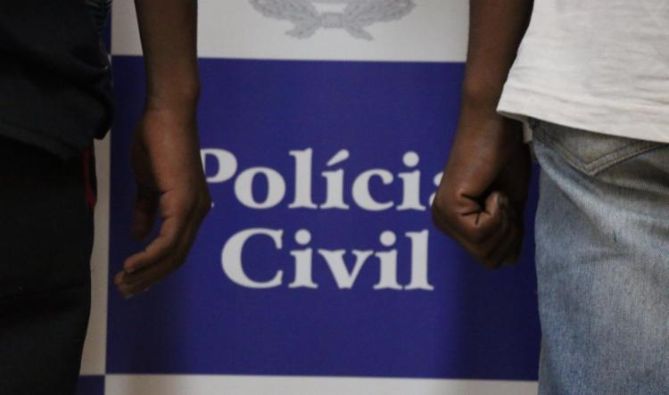 Suspeitos foram encaminhados à Delegacia para o Adolescente Infrator - Foto: Alberto Maraux | SSP