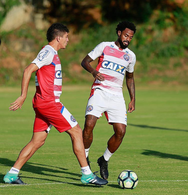 Edson (E) e Renê atuaram juntos em só 13 jogos no campeonato - Foto: Felipe Oliveira l EC Bahia