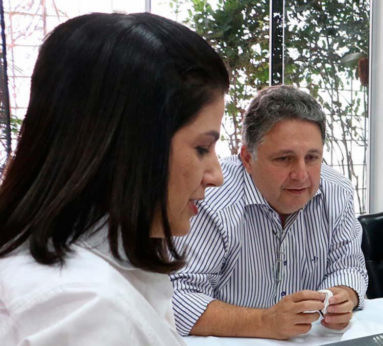 Rosinha e o marido foram detidos durante a