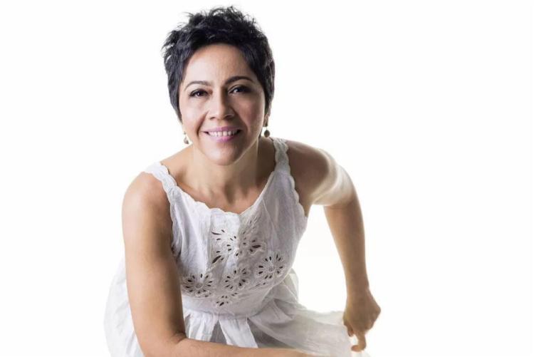 A cantora entoa temas comuns ao dia a dia do brasileiro - Foto: Divulgação