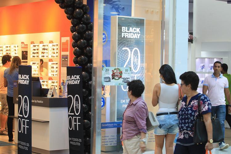 Objetivo dos lojistas é reverter a imagem de desconfiança do consumidor - Foto: Luciano da Matta l Ag. A TARDE l 19.11.2016