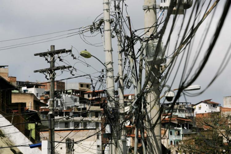 Projeto obriga a Coelba a colocar toda a rede de energia elétrica subterrânea - Foto: Xando Pereira | Ag. A TARDE | 27.07.2017