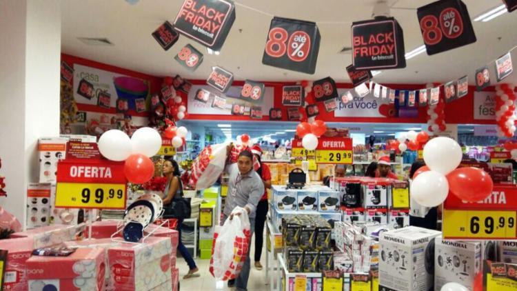 Consumidores devem ficar atentos à oferta de produtos com desconto - Foto: Divulgação