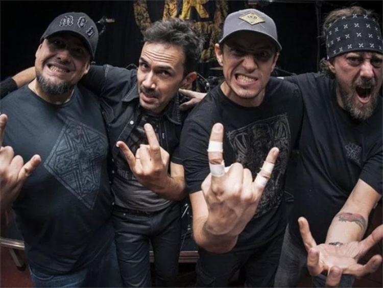A banda de rock brasiliense Raimundos comemora 20 anos e é um dos destaques do festival - Foto: Patrick Grosner | Divulgação