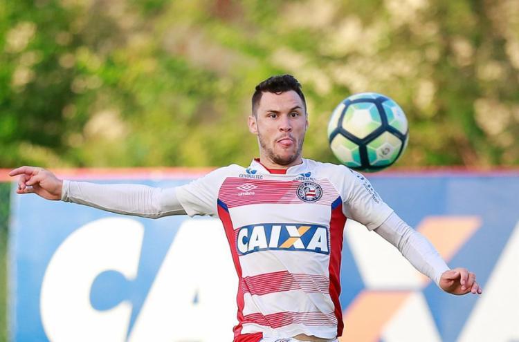 Para manter o sonho de disputar a Libertadores vivo, zagueiro Tiago pede triunfo diante da Chape - Foto: Marcelo Malaquias l EC Bahia