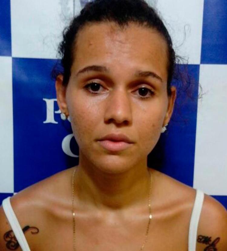 Graziela foi flagrada pela câmera de segurança do estabelecimento - Foto: Divulgação   Polícia Civil