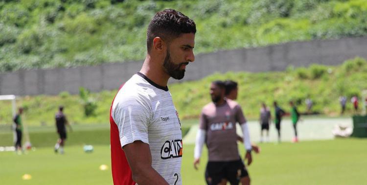Corinthians teria interesse em Tréllez - Foto: Maurícia da Matta l EC Vitória