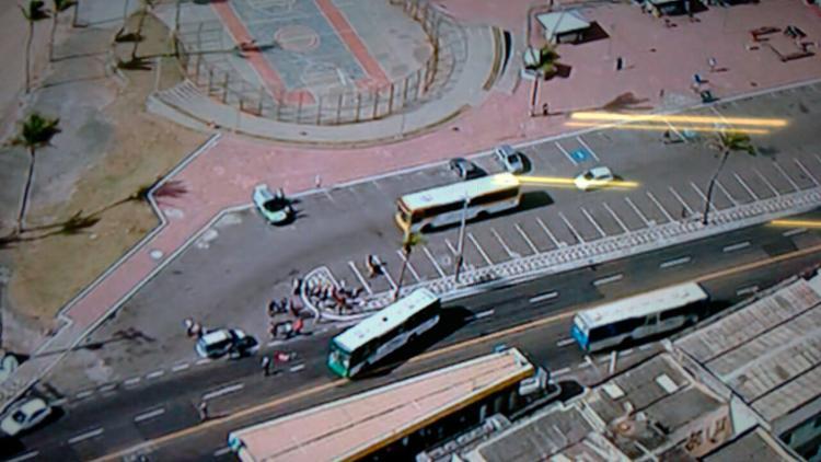 O acidente aconteceu em frente ao hotel Bahia Othon Palace - Foto: Reprodução | TV Record
