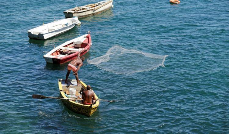 Pescadores têm até 20 de janeiro para a entrega de documentos - Foto: Xando Pereira | Ag. A TARDE | 29.08.2017