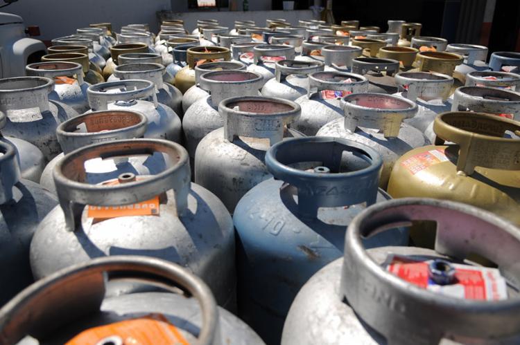 O último reajuste do gás de cozinha ocorreu em outubro deste ano - Foto: Pedro Ventura | Agência Brasília | 13.10.2015