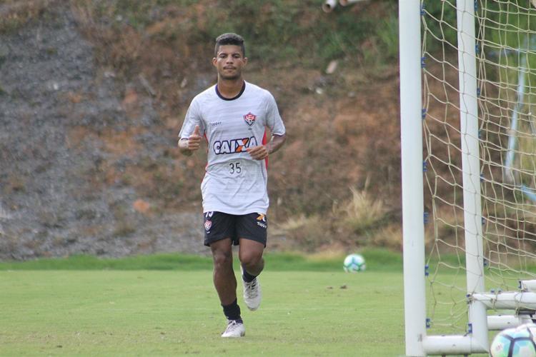 2 - Eurico não desanima com empate do Vasco e foca na Libertadores
