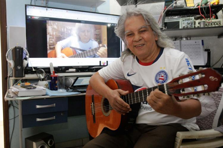 Machismo levou Ronaldo Fonseca, 71, a adiar a realização do exame de toque - Foto: Alessandra Lori | Ag. A TARDE