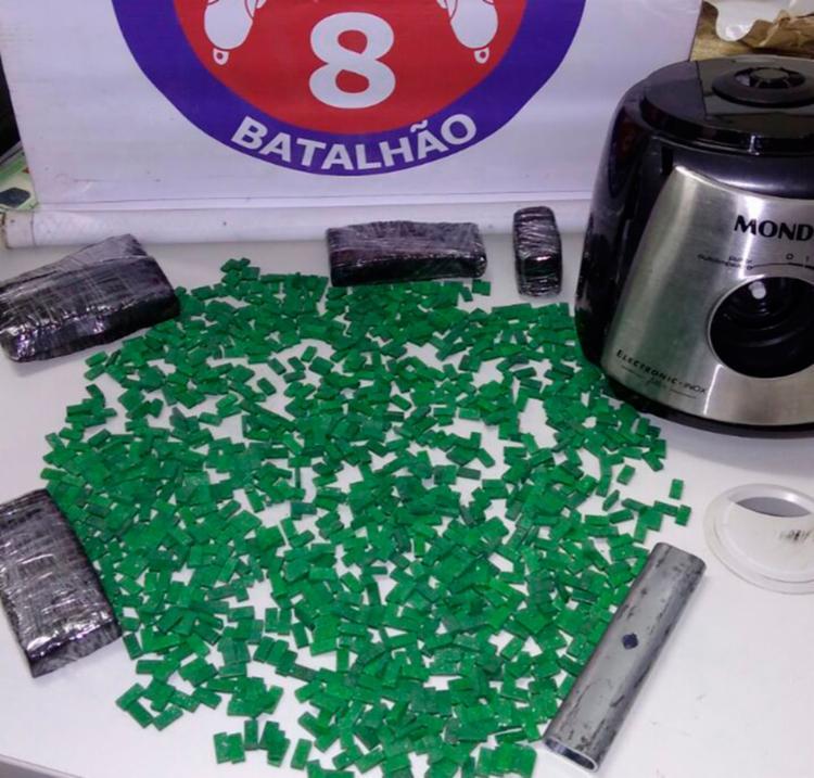 Suspeitos foram flagrados com cerca de 1.200 comprimidos de ecstasy - Foto: Divulgação | SSP-BA