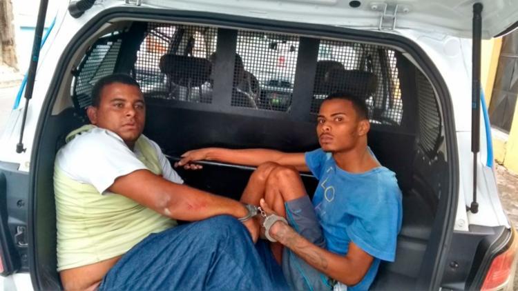 A polícia encontrou um revólver com a dupla - Foto: Divulgação | SSP-BA