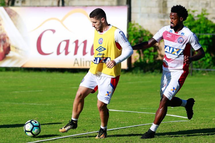 Zé Rafael (D) precisa quebrar a barreira de marcar poucos gols no Brasileirão - Foto: Marcelo Malaquias | EC Bahia
