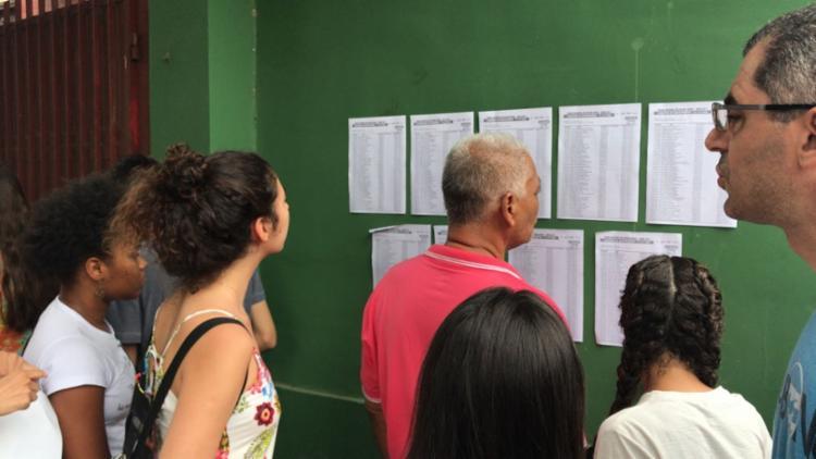 As provas do primeiro dia do Enem estão sendo aplicadas neste domingo, 5 - Foto: Margarida Neide   Ag. A TARDE