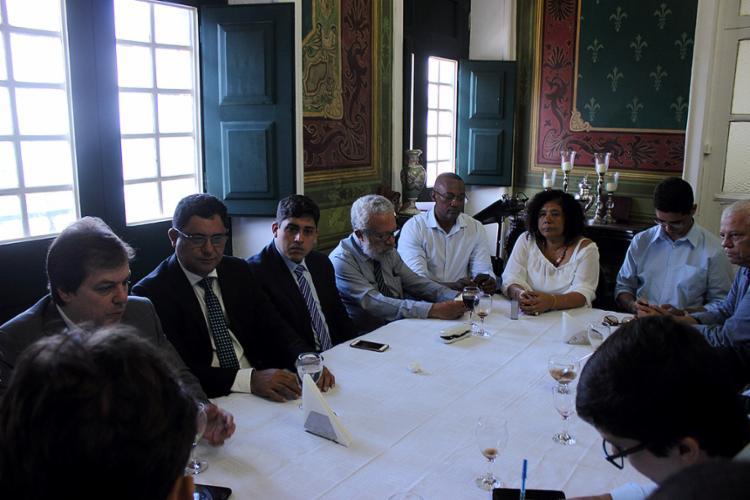 Oposicionistas no Salão Nobre da Câmara. Lideranças importantes se ausentaram - Foto: Igor Andrade l Ag. A TARDE
