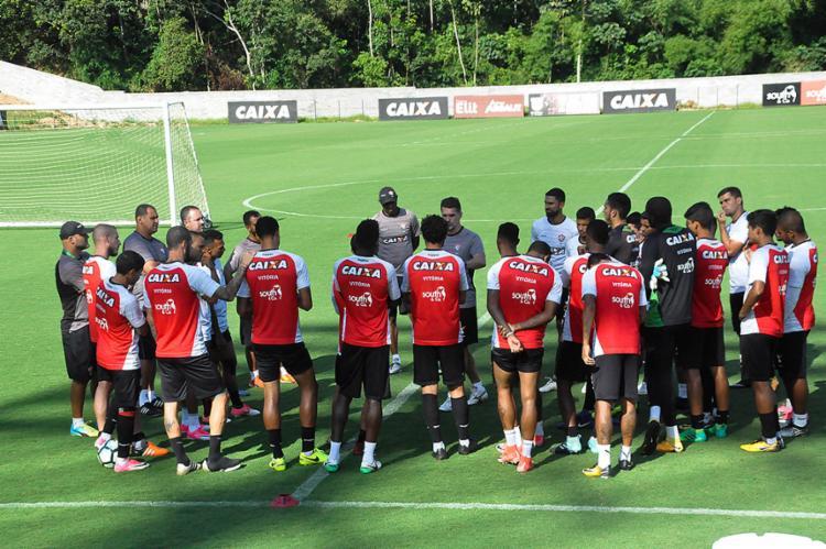 Mancini prepara elenco para as últimas seis partidas da temporada - Foto: Maurícia da Matta l EC Vitória